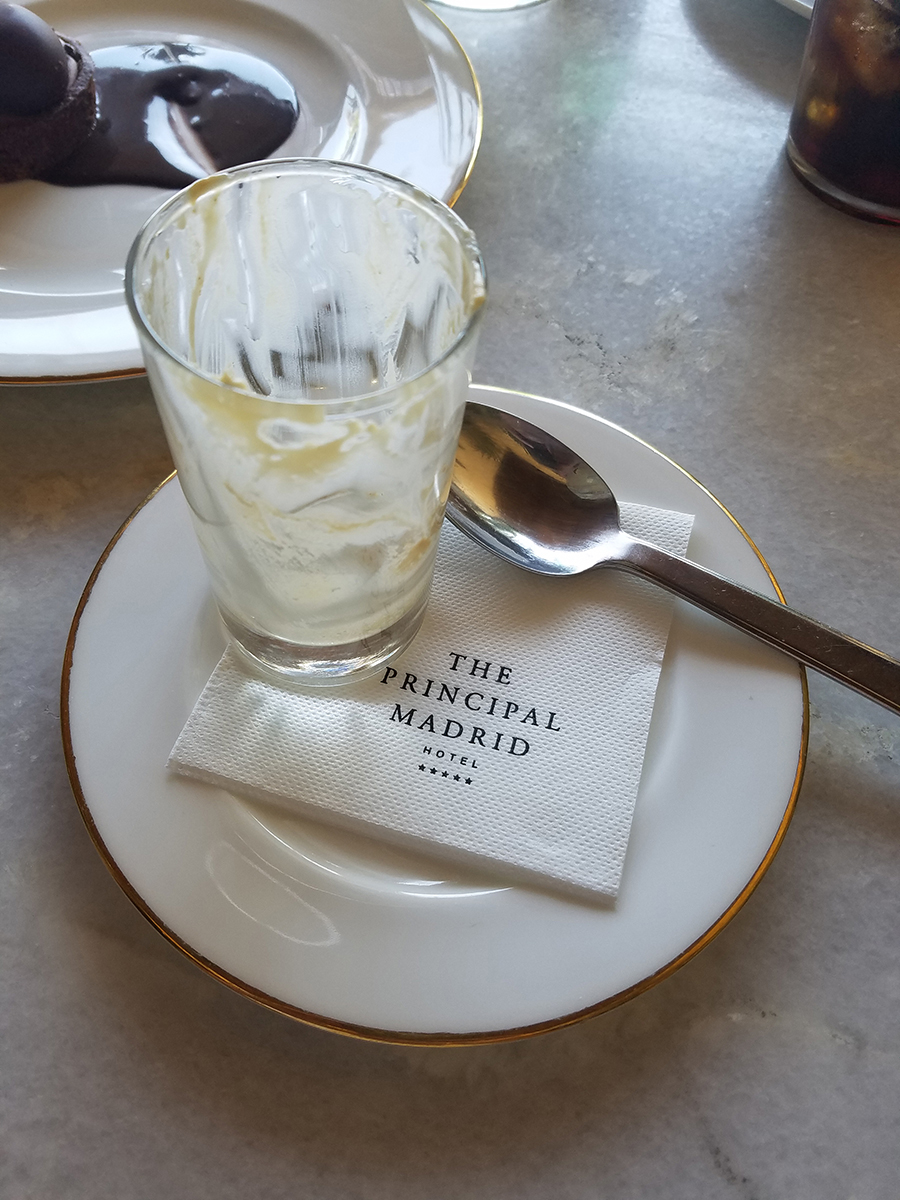 the-principal-madrid-terraza-comida-postre-restaurant